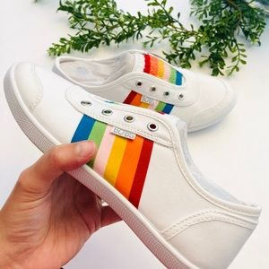 Bobs Sketchers rainbow white sneakers new 7